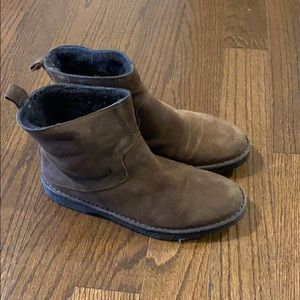 Vince winter boots Women size 8, Europe 39